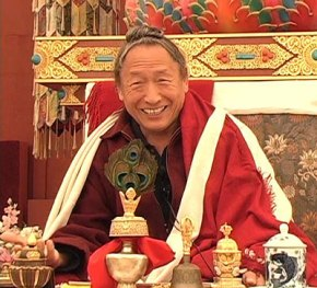 An Interview with Lama Tharchin Rinpoche
